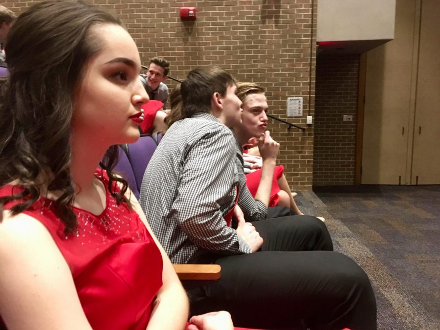 Showing Up the Competition: Platteview Show Choir